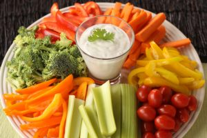 veggie-tray-with-ranch